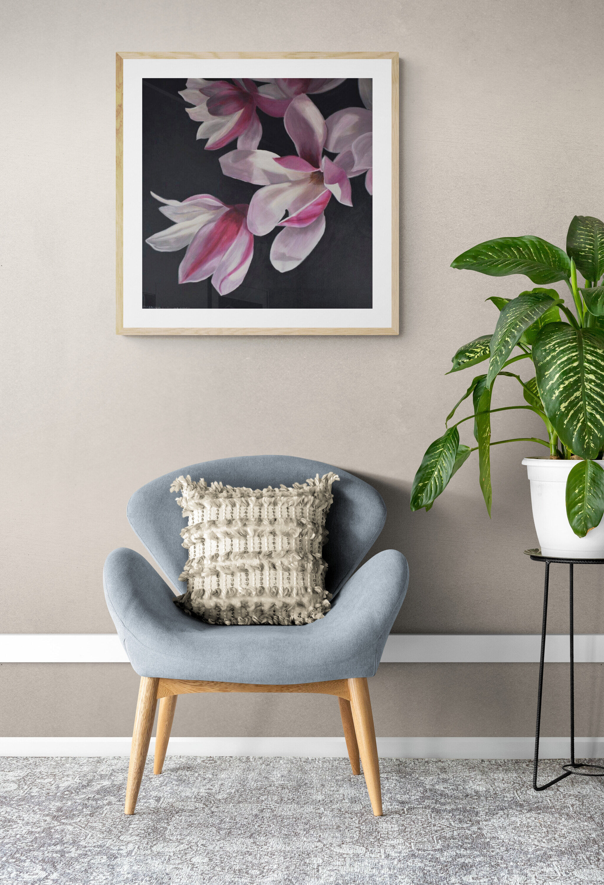 Comfy_armchair_and_tropical_plant